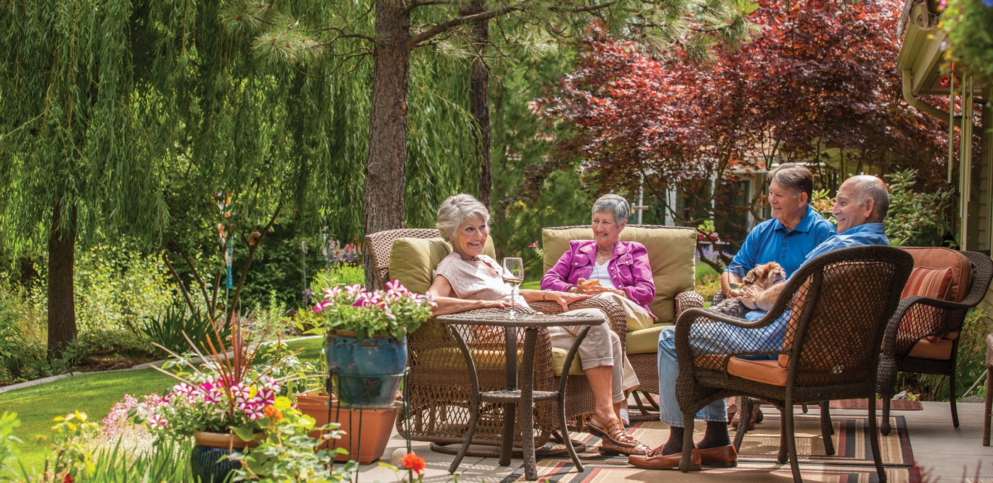 Rockwood_Retirement_Communities_Spokane_South_Hill_Elderly_Patio_Party